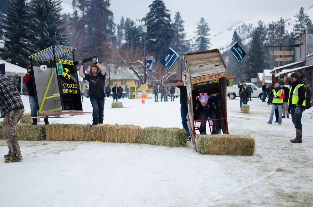 outhouse races-1-16