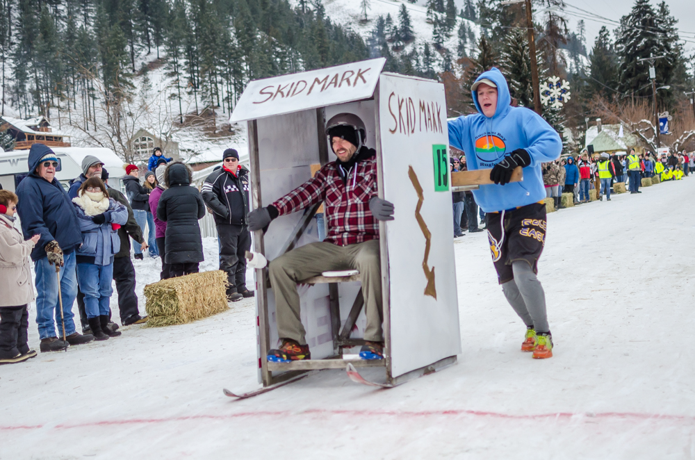 outhouse races-3