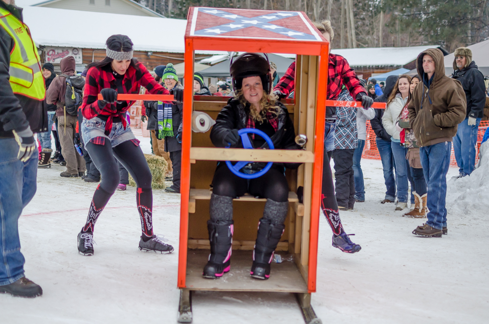 outhouse races-8